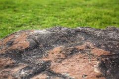 Sten och gräs royaltyfri fotografi