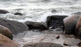 Sten och vatten fotografering för bildbyråer