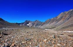 Stena öknen i bergen av östliga Sibirien Royaltyfria Bilder