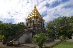 Stena chedien av Wat Chiang Man arkivfoto