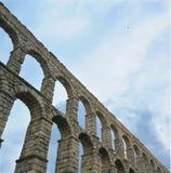Stenakvedukt i Segovia, Spanien royaltyfria foton