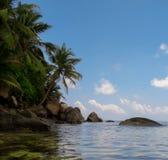 Stenar av La Digue Seychellerna Arkivfoto
