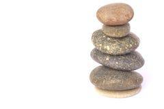 Stenar balanserar - kiselstenbunten - lagerför bild Arkivfoto