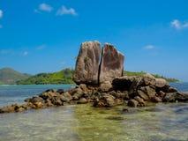 Stenar frånt Seychellerna Arkivfoto