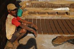 Stenar gör för byggande i Wonosobo Arkivbilder
