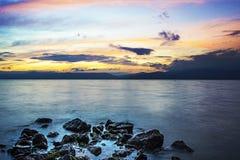 Stenar i havet Arkivbilder