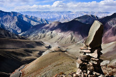 Stenar i montainsna, Ladakh, Indien Arkivfoto