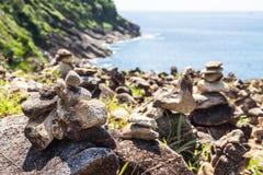 Stenar på seacoasten Arkivfoto