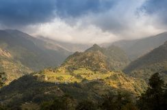 Stenbana i bergen Royaltyfria Foton