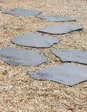 Stenbana i en Zen Garden Fotografering för Bildbyråer