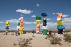 Stenblock Art Exhibit utanför Las Vegas Arkivbild