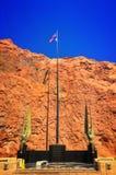 Stenblockf?rd?mning i Coloradofloden, p? gr?nsen mellan USA-staterna av Arizona och Nevada royaltyfri foto