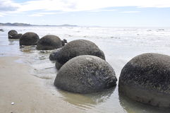 stenblockmoeraki New Zealand royaltyfri bild