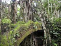 Stenbro - Bali - Indonesien Arkivfoto