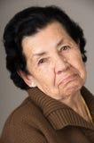 Stående av den gamla misslynta kvinnafarmodern Royaltyfria Bilder