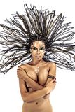 Stående av en härlig naken ung afrikansk amerikankvinna med Royaltyfri Fotografi