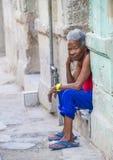 Stående av en kubansk kvinna Arkivfoto