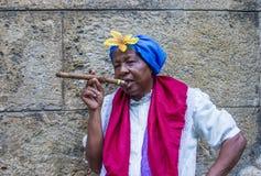 Stående av en kubansk kvinna Royaltyfria Bilder