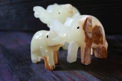 Stendiagram av handgjord lycka för elefanter! Fotografering för Bildbyråer