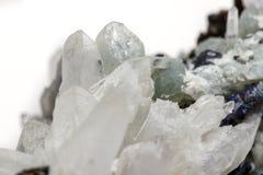 StenDrusus för makro mineralisk kvarts med sphalerite i vagga a Royaltyfri Foto