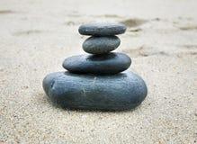 Stenen in evenwicht Stock Foto's