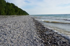 Stenen langs de Oever van Meer Michigan Stock Fotografie