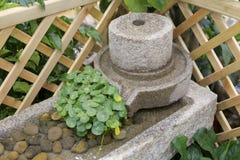 Stenen maler vattenkranen Fotografering för Bildbyråer