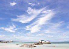 Stenen op het kustgebied Royalty-vrije Stock Foto's