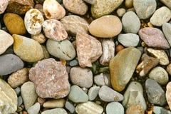 Stenen op kust Stock Fotografie