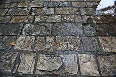 Stenen van de textuur de natte bestrating Royalty-vrije Stock Afbeeldingen