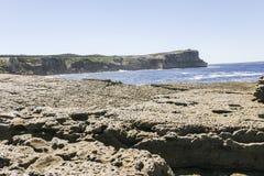 Stenig kust av den Booderee nationalparken NSW australasian Royaltyfri Foto