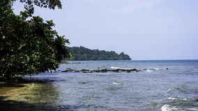 stenig kust för strand Arkivbild