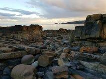 Stenig kust, Pembrokeshire royaltyfria foton