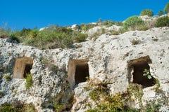 Stenig nekropol Arkivfoton