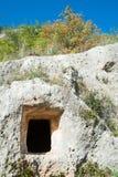 Stenig nekropol Arkivbild