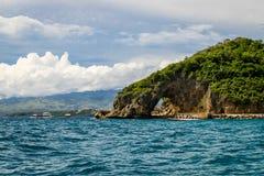 Stenig punkt, Boracay ö, Filippinerna Arkivbilder