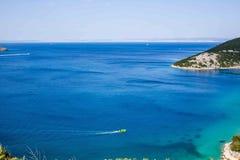 stenig rab för kustcroatia ö Royaltyfri Foto