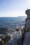 stenig sjösida Arkivbilder