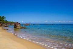 stenig strand Arkivfoto