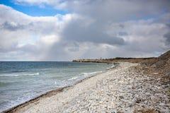 Stenig strand i Pakri öar, Estland royaltyfria foton