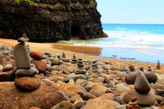 Stenig strand på Kauai Royaltyfria Foton