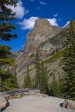 steniga alberta banff berg Royaltyfri Foto