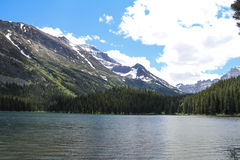 Steniga berg Arkivfoto