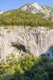 Steniga klippor i bergen av Montenegro Royaltyfria Foton