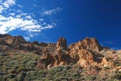 Stenigt landskap runt om monteringen Teide vulkan på Tenerife Royaltyfri Bild