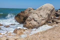 Stenigt litoralt Arkivfoto