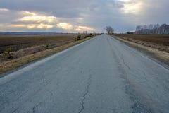 Stenlagd väg Ryssland Arkivfoto