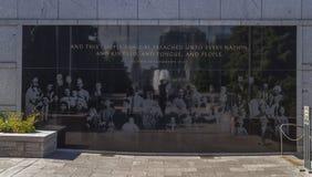 Stenminnesmärke på taket för konferensmitt arkivfoton