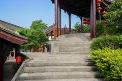 Stenmoment för kinesiska traditionella byggnader i solig sommar Arkivbilder