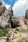 Stenmoment på det Harney maximumet skuggar inga 9 som upp till leder tornet för utkik för Harney maximumbrand arkivfoto